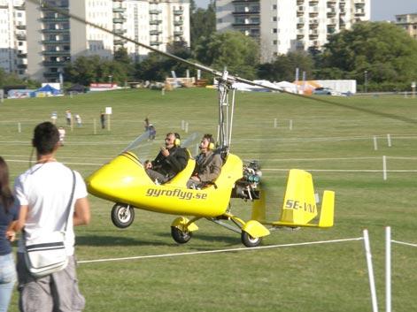 Gyrokopter på startbanan